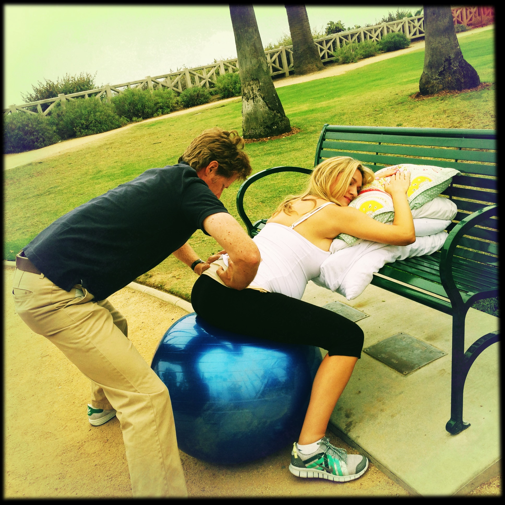 I'm Birth Ball CRAZY !!!!!! Ways to use the birth ball ...